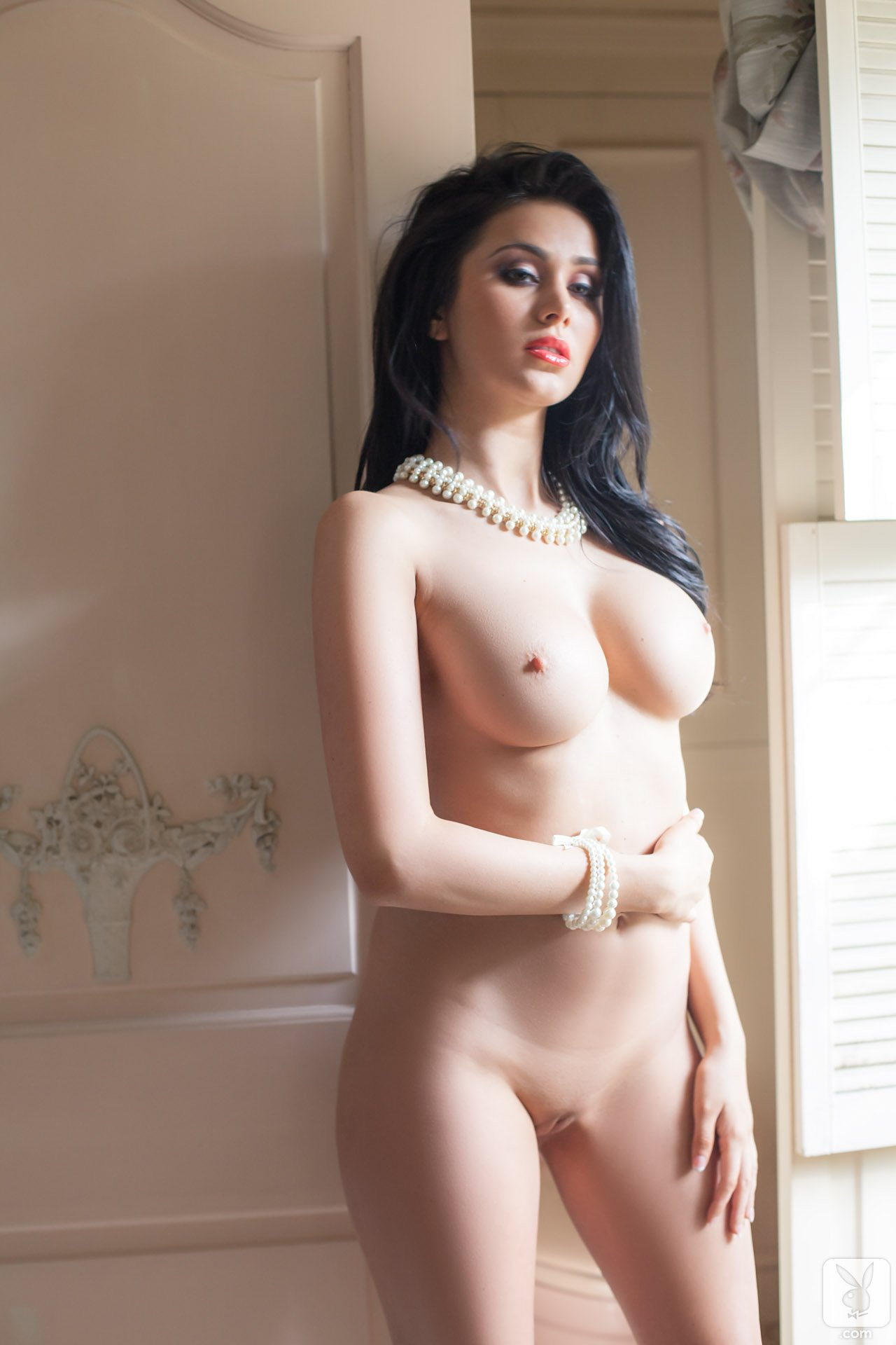 lebanese-nude-beauties