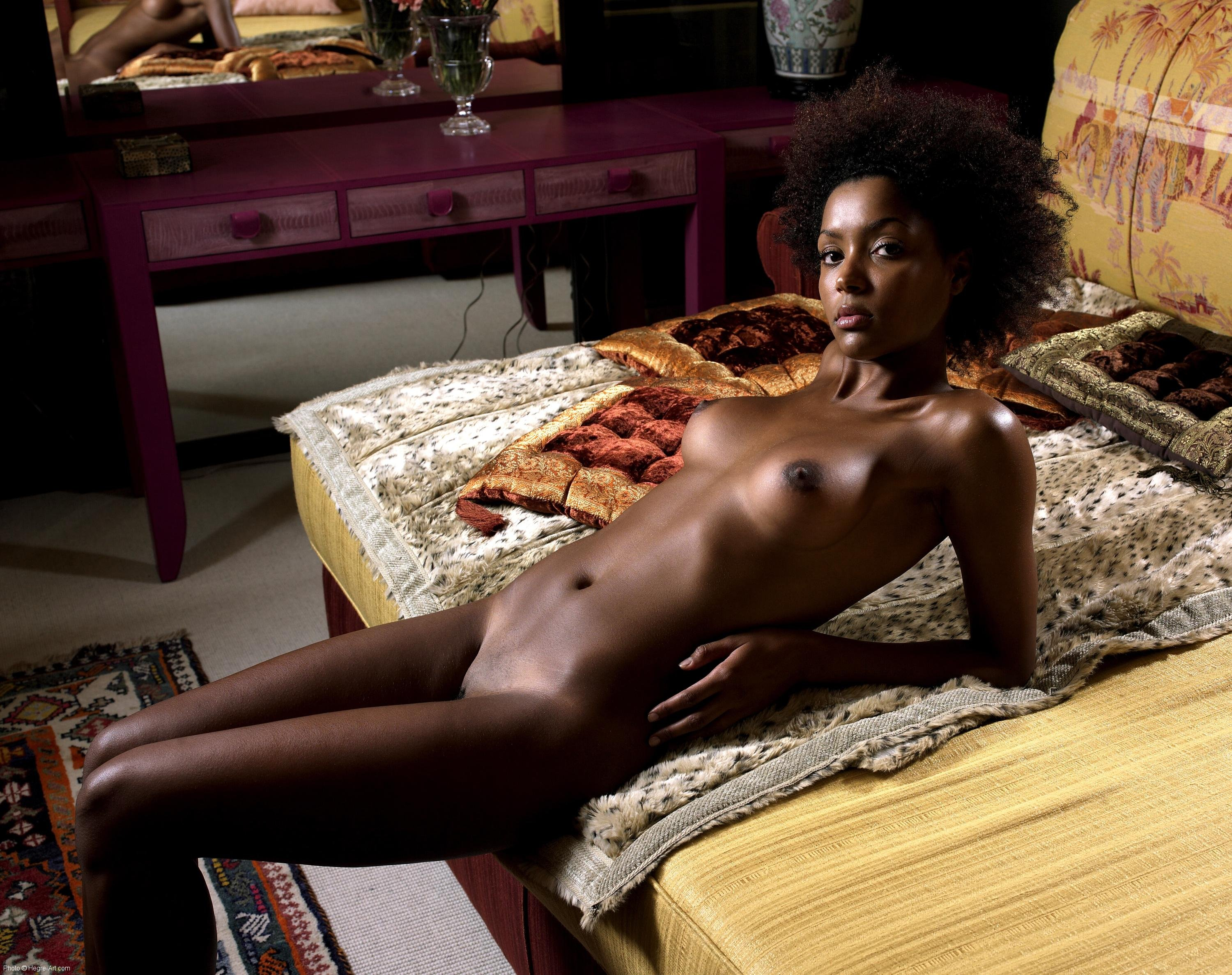 Cute african american women naked — photo 5