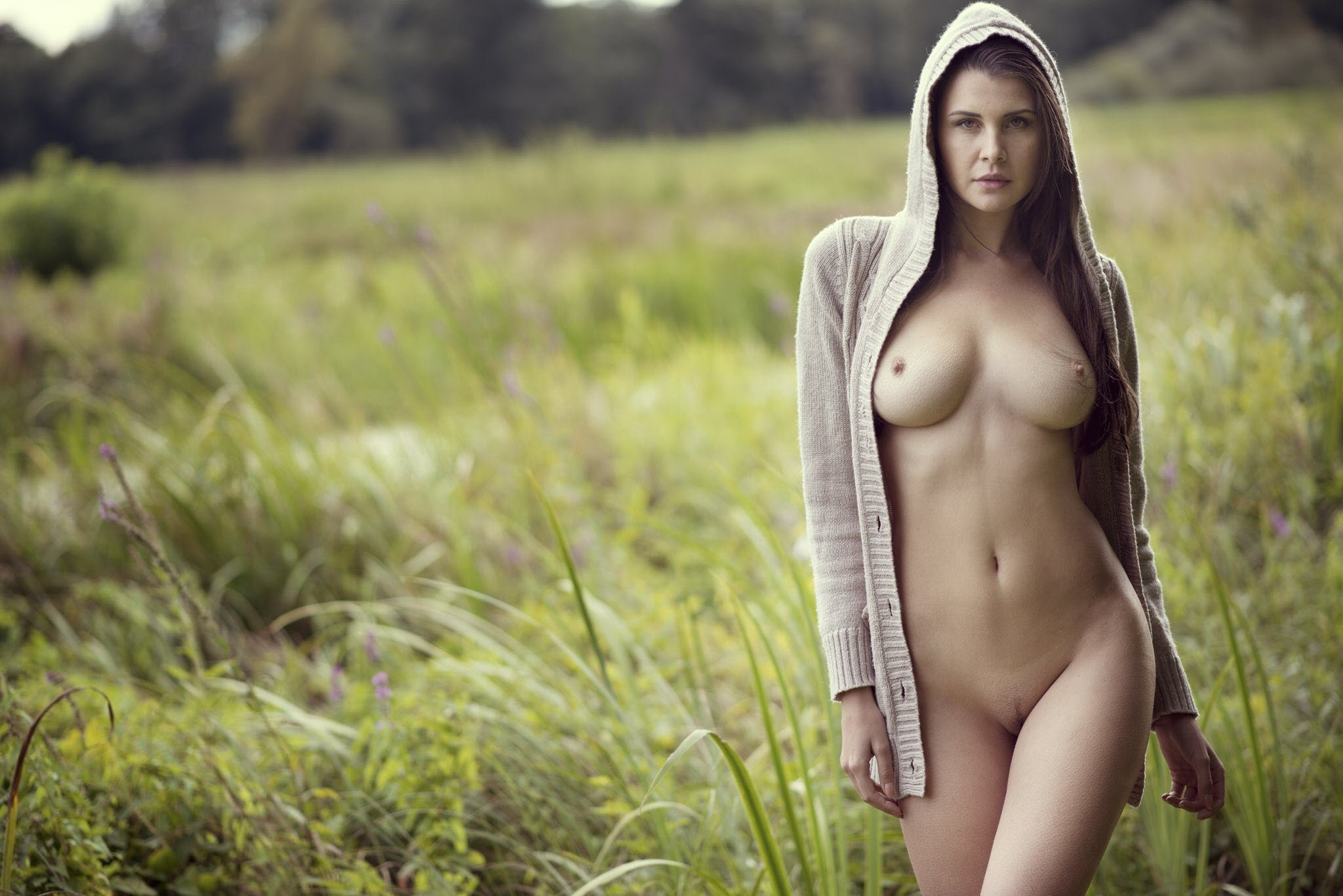 Natural beauty nude — photo 2