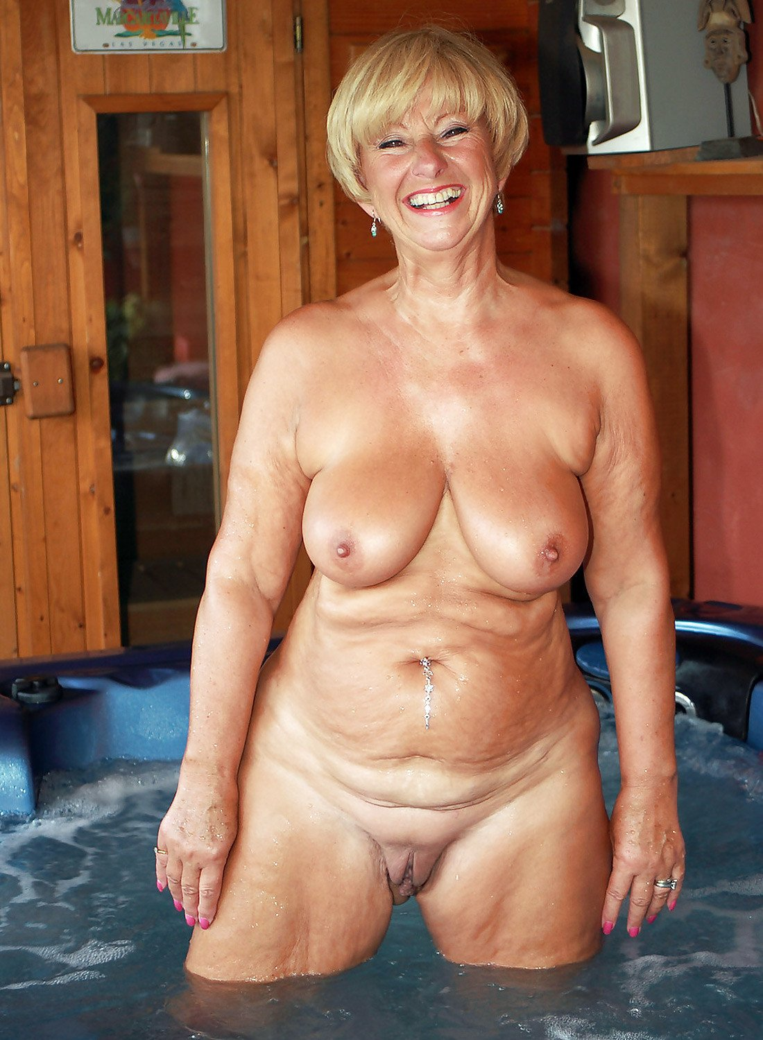 Old women nude free sites