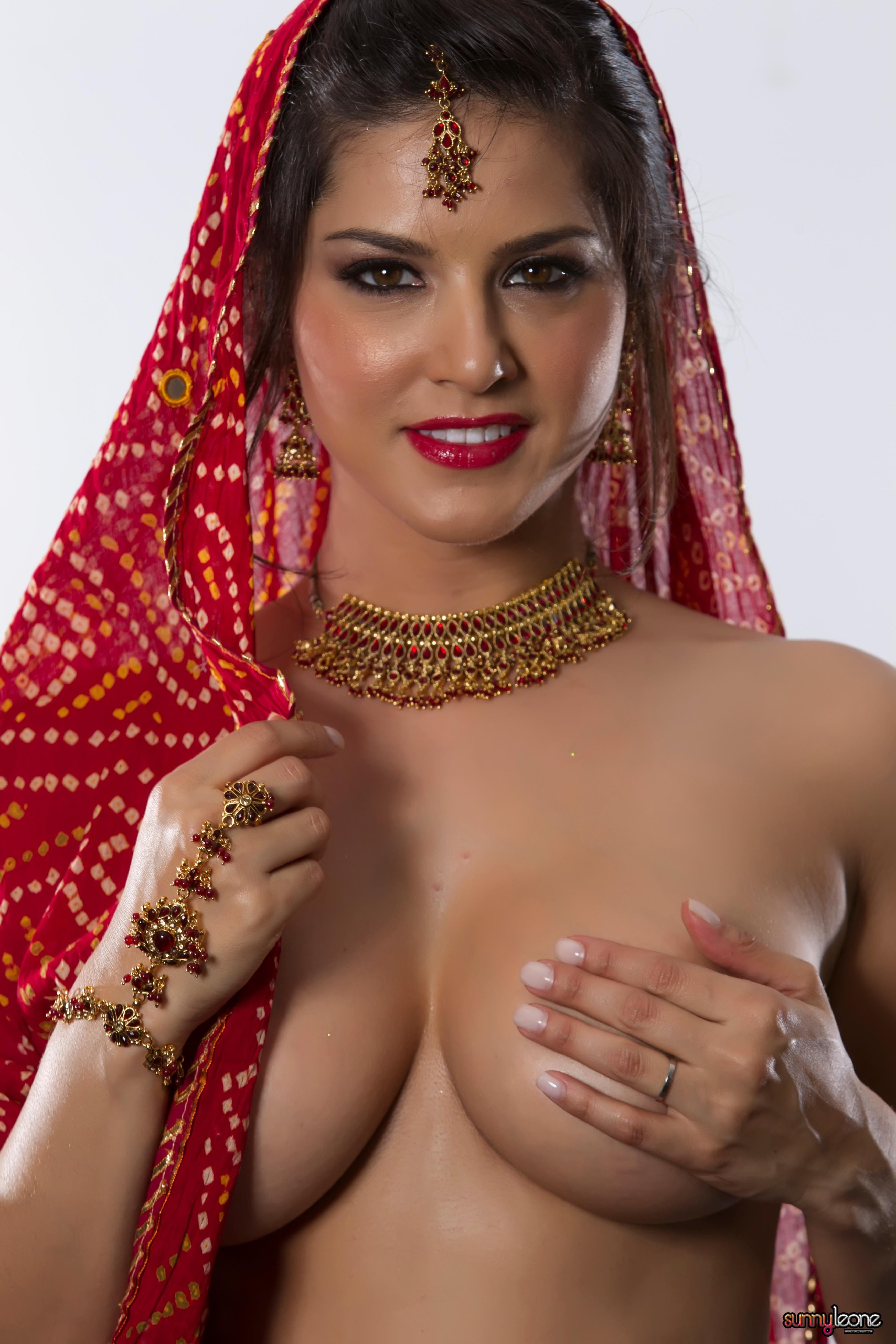 Top seduction scenes of bollywood actresses