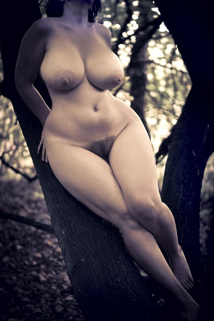 Curvy Indian Women Full Nude Private Pic Collection