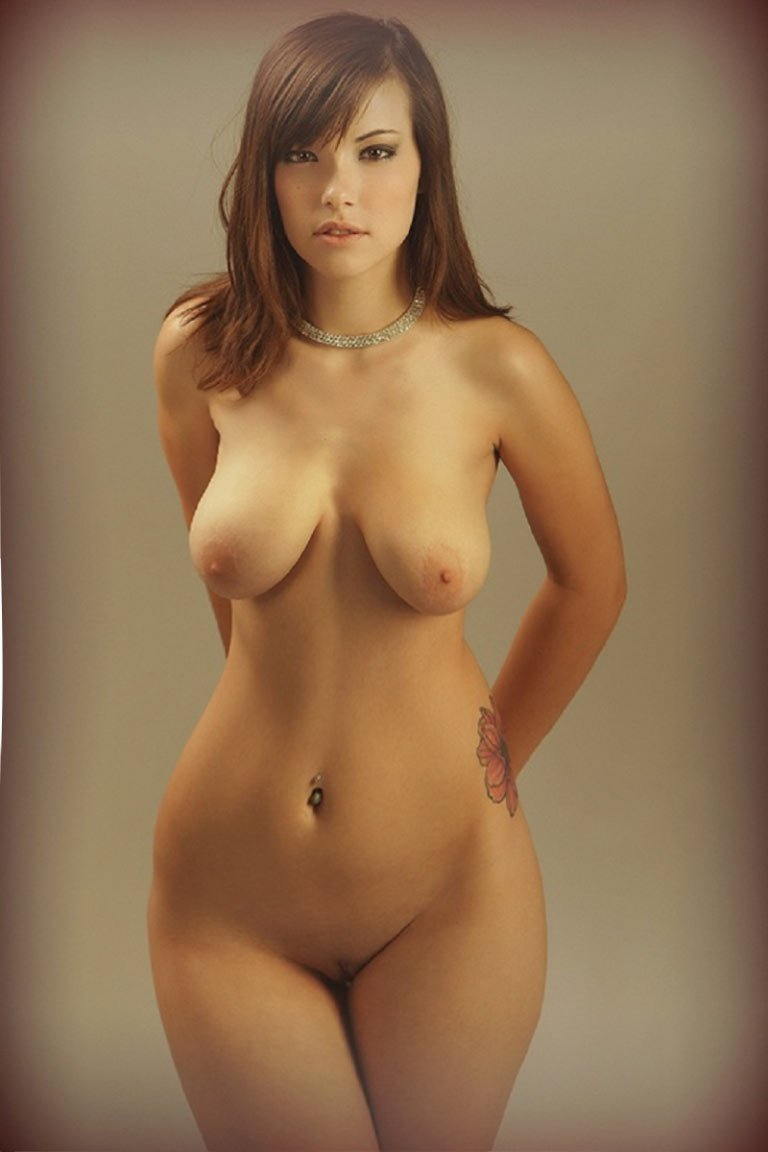 Naked curvy and natural women