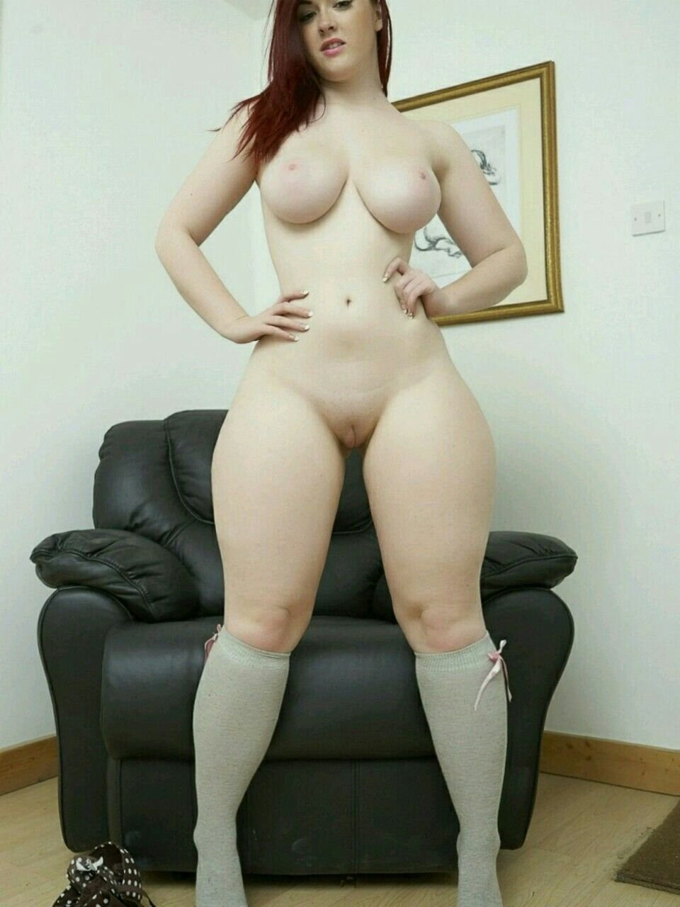 Naked Girl With Thick Thighs