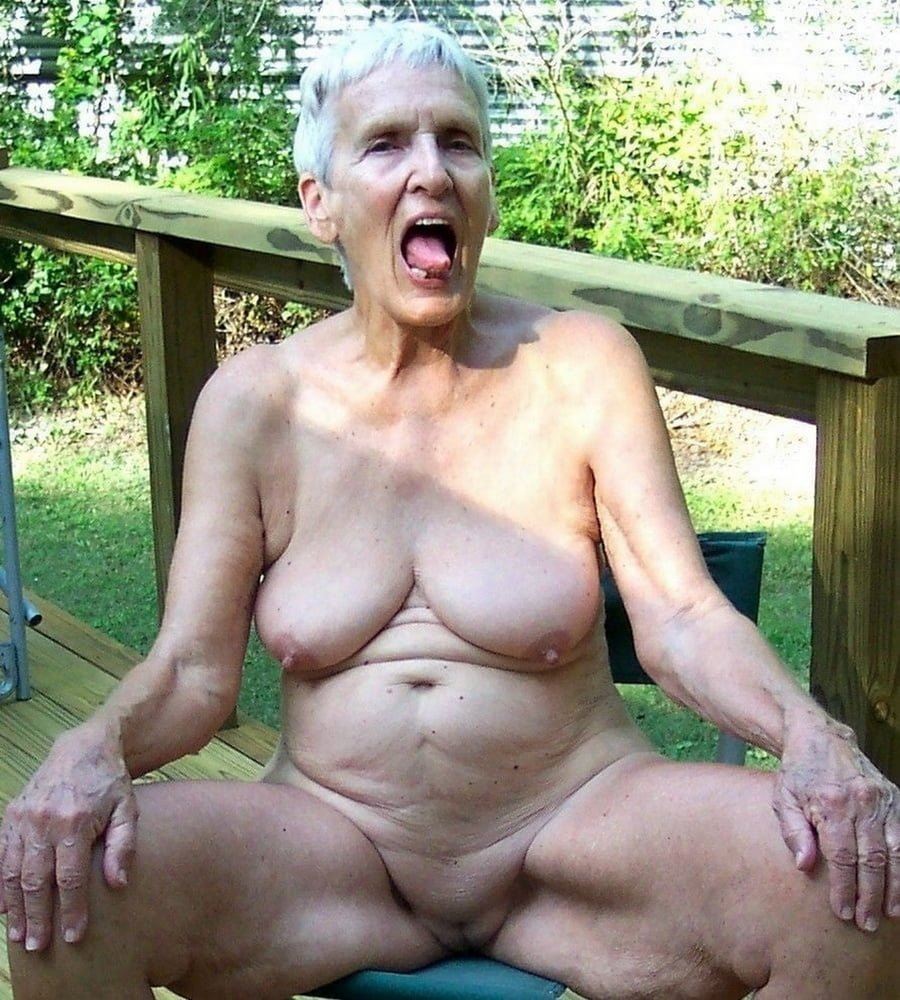 Dirty old woman porn mature photo porn pics of over years grandmother