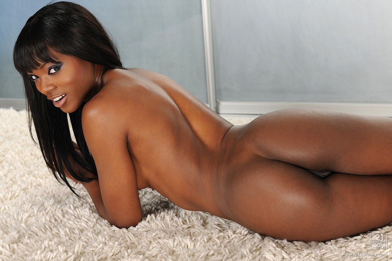 Skinny Black Honey, Chanel Skye Got Completely Naked And Spread Her Legs Wide Open, Just For Fun