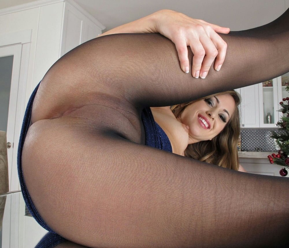 Tall girl lexi layo removes her pantyhose before toying her tight pussy