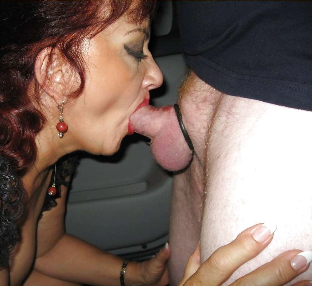 Mature wife gives perfect blowjob