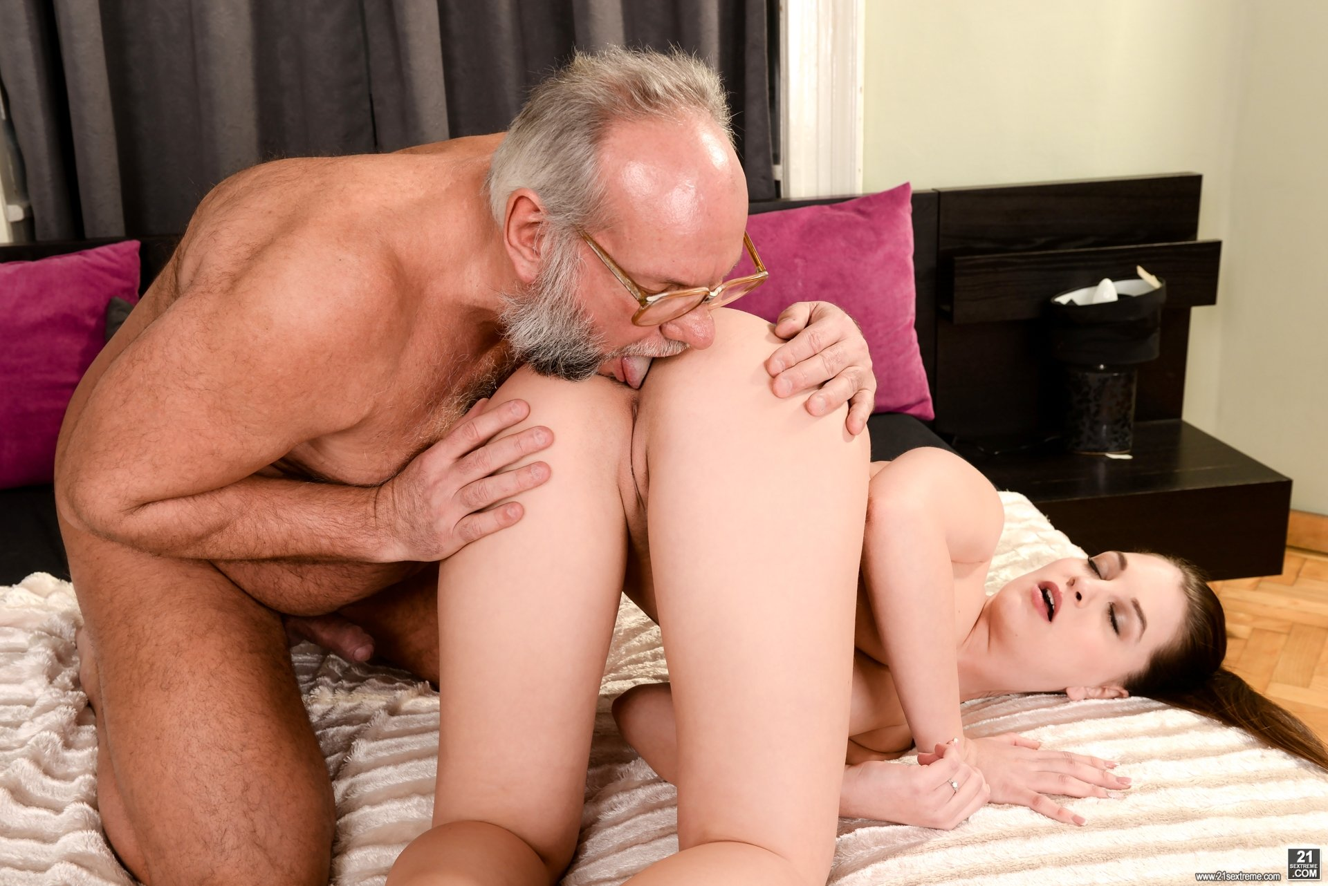 Old Man Eats Young Teen Pussy Introducing Dukke