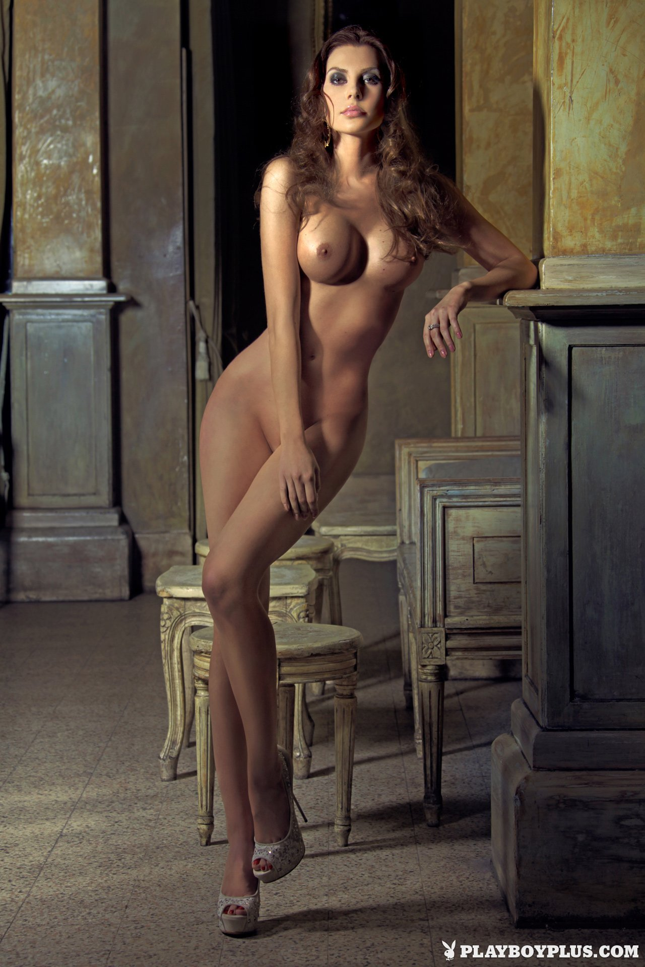 Sexy italian babe with amazingly perfect breasts